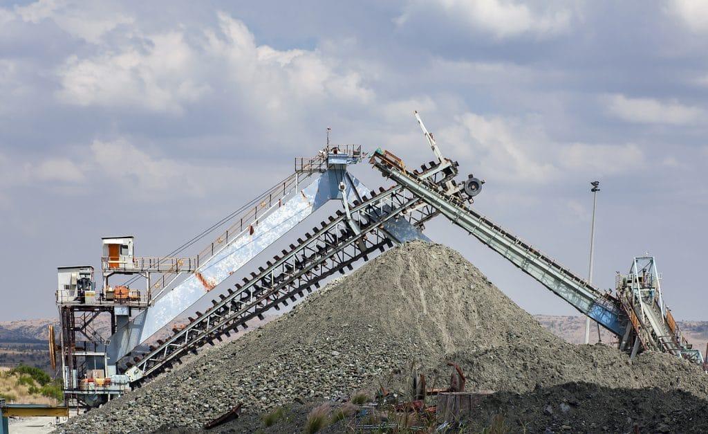 overland mining conveyor structure